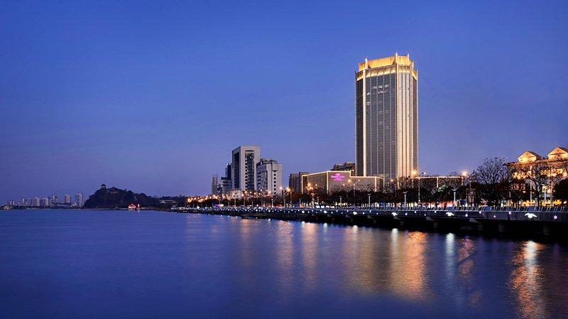 Crowne Plaza Zhenjiang - dream vacation
