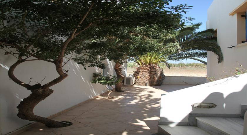 Polemis Studios & Apartments - dream vacation