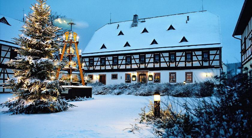 Folklorehof - dream vacation