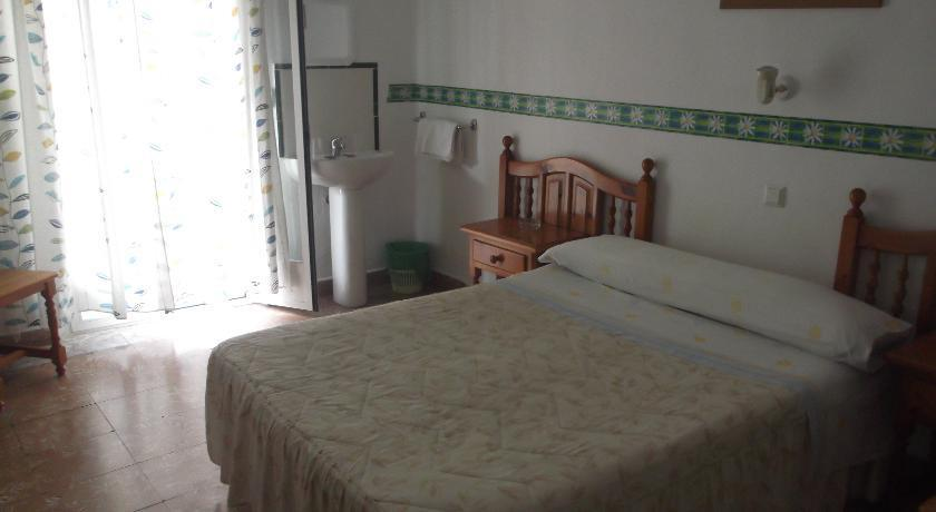 Hostal Dona Carmen - dream vacation