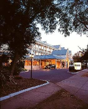 The Marque Hotel Canberra - dream vacation