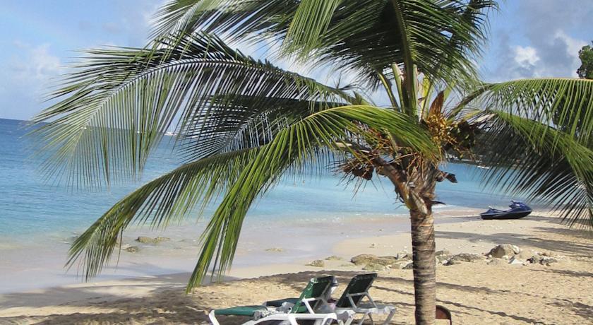 Tropical Sunset Beach Apartment Hotel - dream vacation