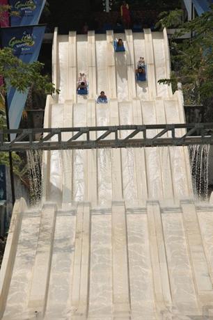 Arabian Bay Resort at Bukit Gambang Resort City - dream vacation