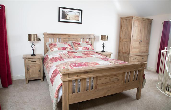 Ardagh Suites Self Catering - dream vacation