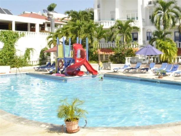 Franklyn D Resort - dream vacation