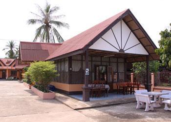 Thavisab hotel Champasak - dream vacation