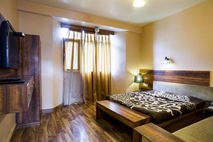 Hotel Crystal Palace Shimla - dream vacation