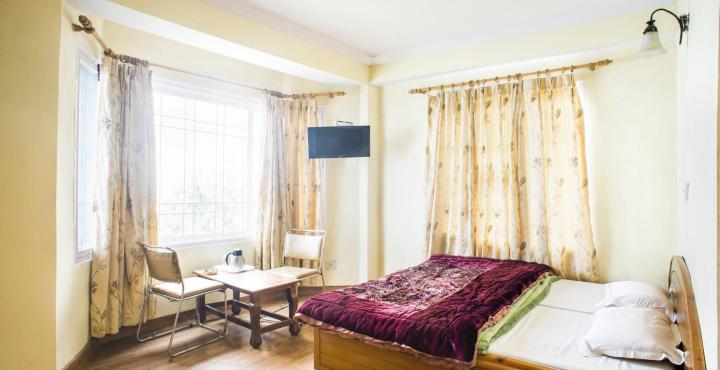 Deepwoods Hotel Shimla - dream vacation