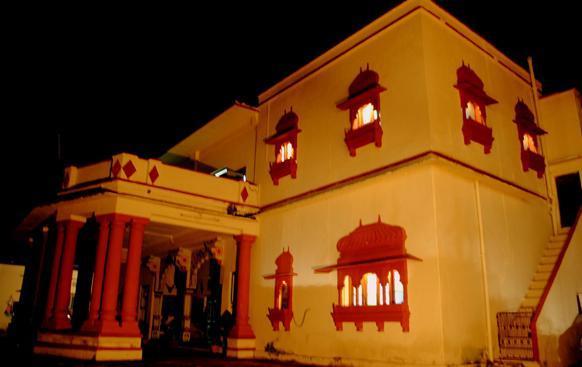 Ishwari Niwas Palace - dream vacation