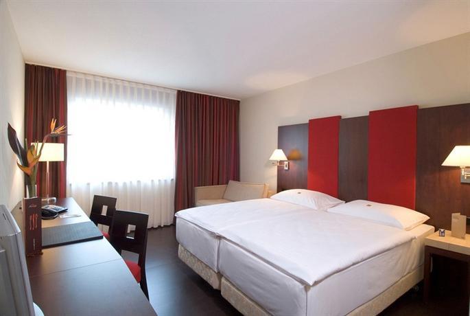 Hotels Vienna Austria: NH Vienna Airport