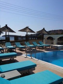Chryssi Akti - dream vacation