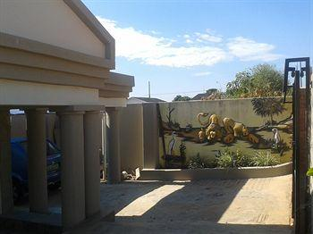 Valley View Lodge Manzini - dream vacation