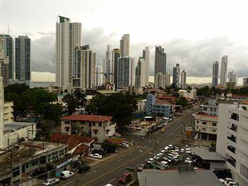 Montreal Hotel Panama City - dream vacation