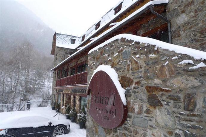 Hotel Nuinit el Serrat - dream vacation