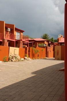 Klein Windhoek Self-Catering Apartments - dream vacation