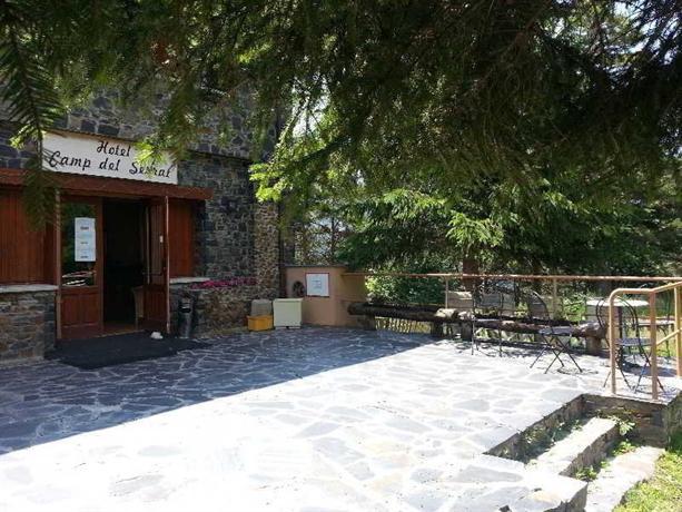 Hotel Restaurant Camp del Serrat - dream vacation