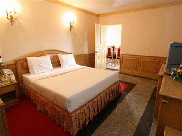 13 Coins Airport Hotel Ngam Wong Wan - Domestic - dream vacation