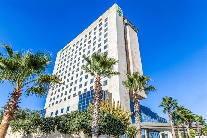 Holiday Inn Amman - dream vacation