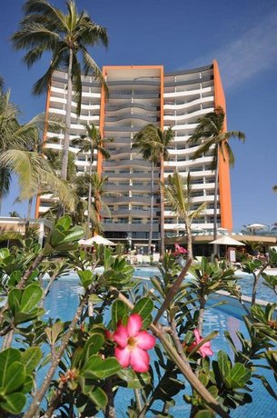 Sunset Plaza Beach Resort Spa Puerto Vallarta Compare Deals