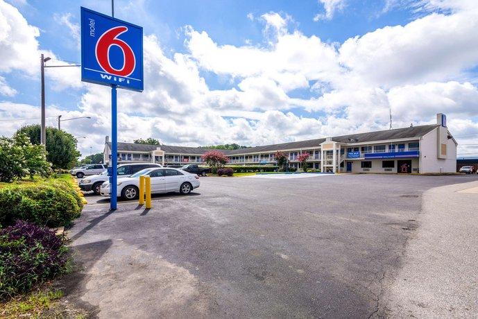 Motel 6 Anniston Oxford / Talladega Spdwy - dream vacation