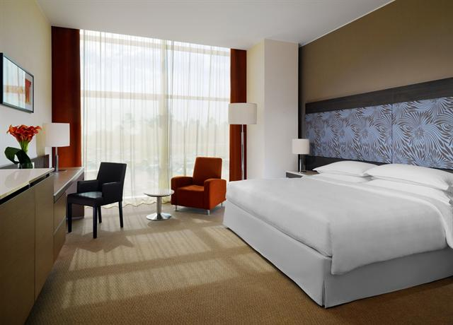 Sheraton Milan Malpensa Airport Hotel & Conference Centre - dream vacation