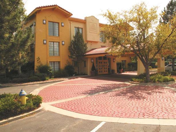La Quinta Inn - Garden of the Gods - dream vacation