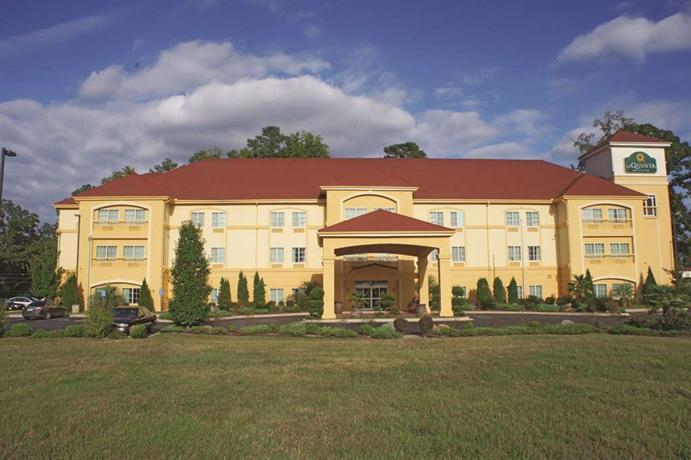 La Quinta Inn & Suites Fultondale - dream vacation