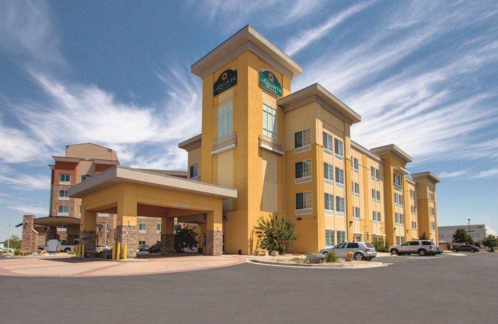 La Quinta Inn & Suites Denver Gateway Park - dream vacation