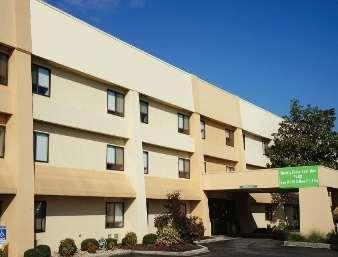 Baymont Inn Huntsville - dream vacation