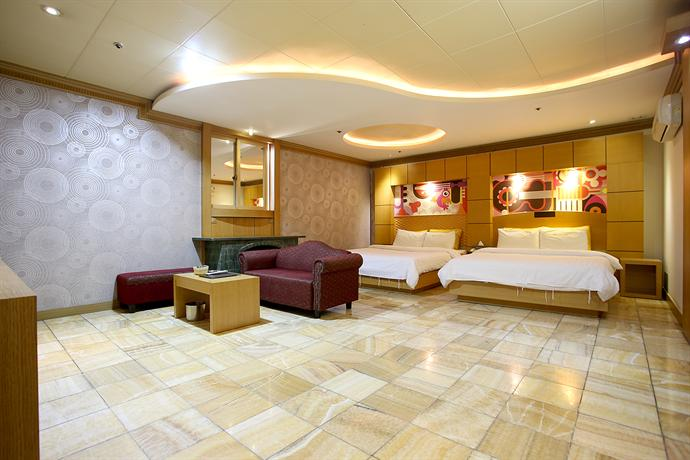 Hotel Head-One - dream vacation