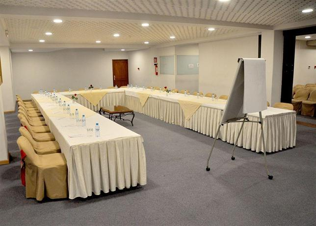 Hotel El Oumnia Puerto, Tanger: encuentra el mejor precio