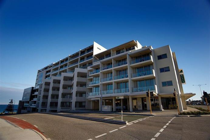 Quest scarborough hotel perth compare deals Hotels in scarborough with swimming pool