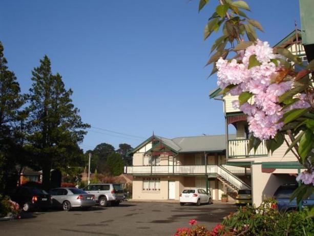 Photo: Three Explorers Motel