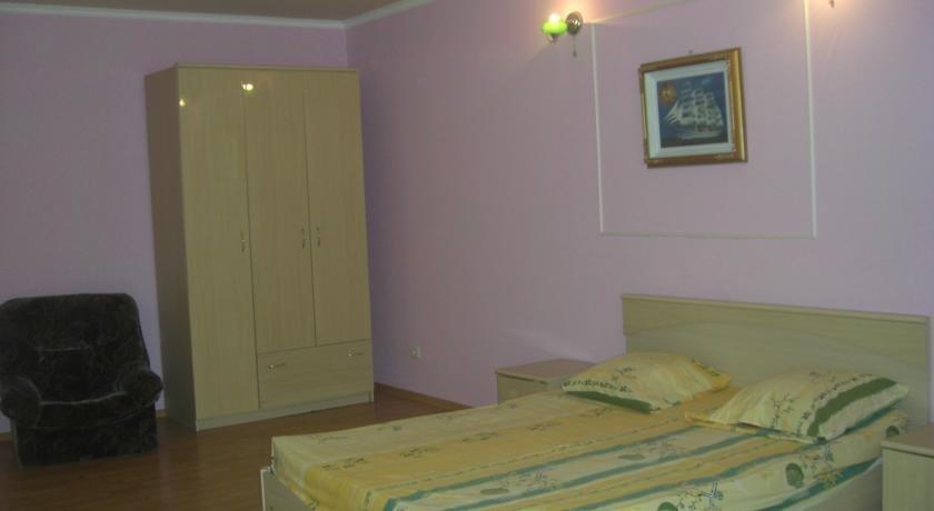 Отель В Лазаревском