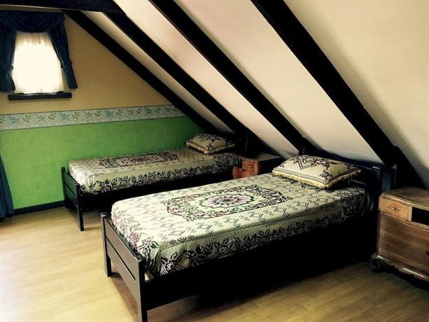 Outlanders Hostel - dream vacation