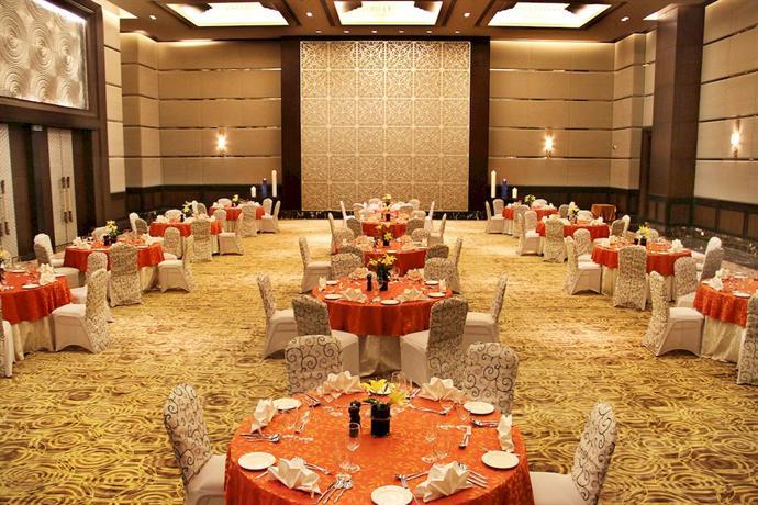 Radisson Blu Plaza Hotel Mysore - dream vacation