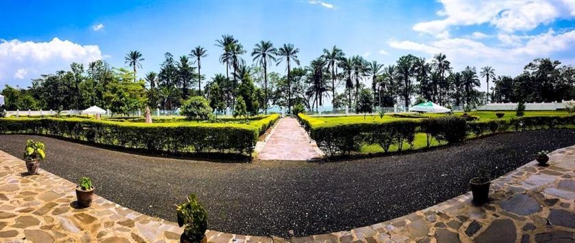 Discover Rwanda Gisenyi Beach - dream vacation