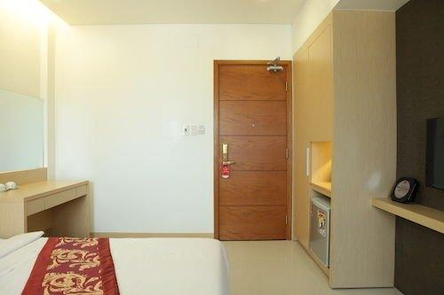 Hung Cuong Hotel - dream vacation