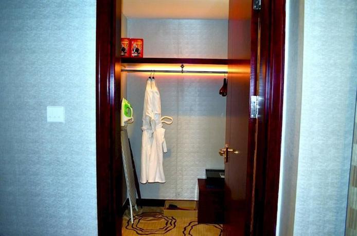 Manhatton Hotel Zhuhai - dream vacation