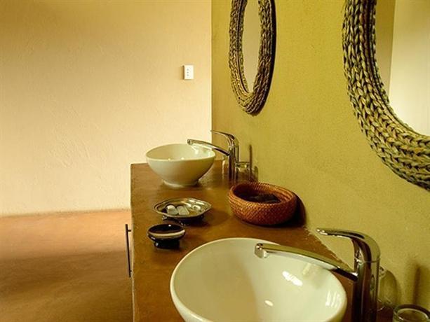 Pilanesberg Private Lodge - dream vacation
