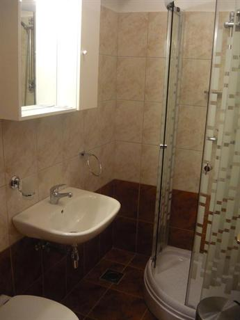 Hotel Tamaris Kastel Kambelovac - dream vacation