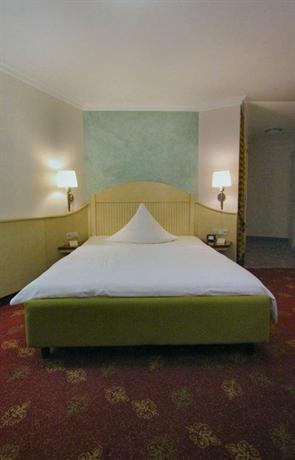 Rokokohaus Hotel - dream vacation
