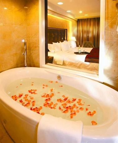Aviation Hotel Dalian - dream vacation