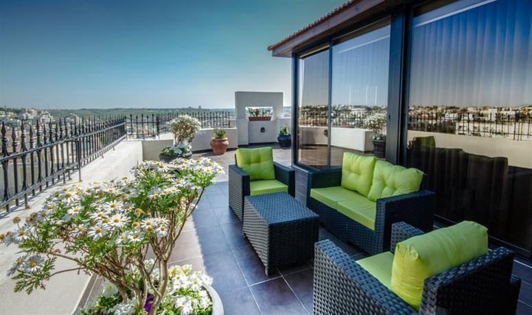 Le reve boutique hotel suites amman compare deals for Le reve boutique hotel suites