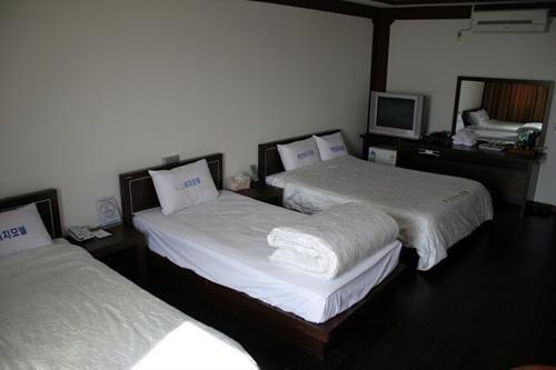 Goodstay Muan Beach Hotel
