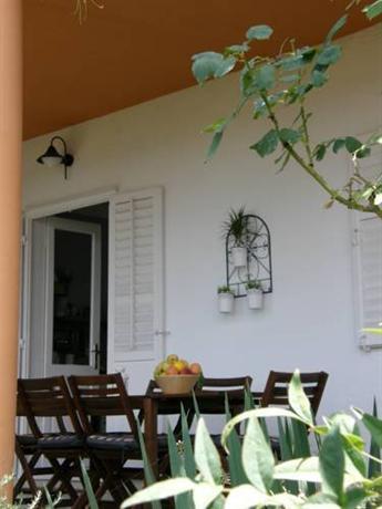 Holiday Home Sanja Omis - dream vacation