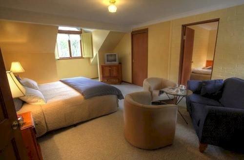 Girraween Country Inn - dream vacation