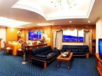 Weilong Hotel Kunming - dream vacation