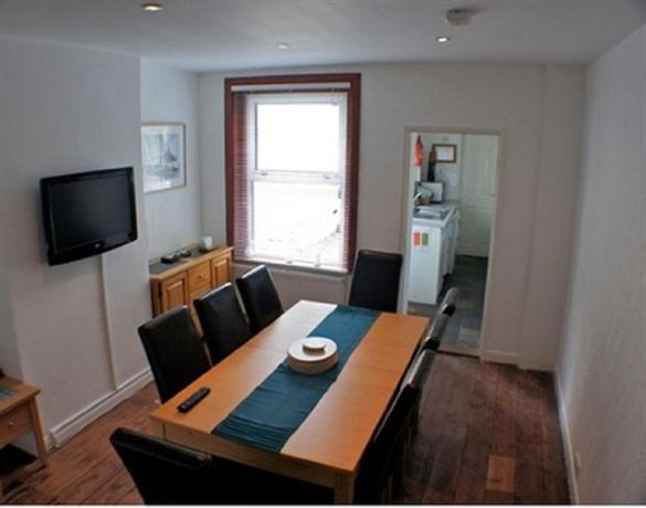 Victoria Cottage Cowes - dream vacation