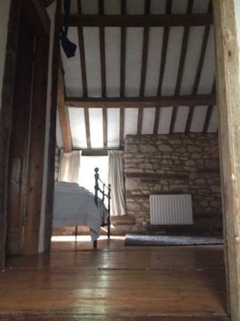 18th Century Cottage Woodstock - dream vacation
